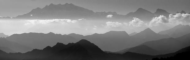 Aussicht zu den Walliser Alpen