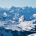 Zoom zu den imposanten Bergen in südwestlicher Richtung