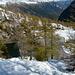 Dall'alto scopriamo che il Lago dei Pozzöi è per metà ghiacciato!