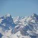 Zoom: Flecki-Stucklistock und zuhinterst Finsteraarhorn eingeklemmt zwischen Windgällen und Ortstock
