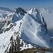 Sicht zum nächsten Ziel: Rossalpeli mit der schönen Schneeflanke.