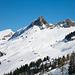 Duresberghütte und Schülberg. Links daneben eher unscheinbar der Fidisberg.