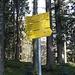 ...dieses Schild erreicht wird. Hier nach links.
