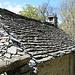 noch intaktes Steindach