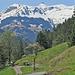 Bei Bildbrugg überquert man die Schils. Auf der anderen Talseite geht es weiter in Richtung Flums Bergheim.