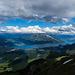 Thunersee - wundervolle Stimmung mit Schattierung der Landschaft