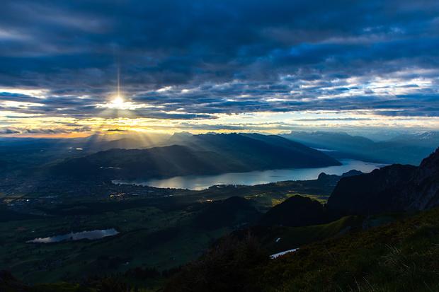 sunrise over the lake of Thun