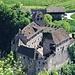 Tiefblick zur Burg Runkelstein