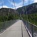 Eine Brücke führt über die Melezza