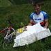 Markus bei der Gratrast - Kartenfaltkurs Schwierigkeitsgrad Siebenunzwanzig