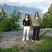 Sonntagmorgen vorem Naturfreundehaus - Cousinchen Pe (links) und i