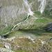 Blick hinunter zur Täschalp, rechts hoch geht der Weg zur Täschhütte SAC.