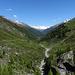 Rückblick ins Turtmanntal, im Hintergrund die Berner Alpen