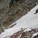 """der """"schwierigste"""" Abschnitt des Tages, das im unteren Teil abschüssige Schneefeld und der erste Pickeleinsatz der Tour bzw. um ein erstes Gefühl dafür zu bekommen :-)"""