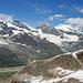 Von links Strahlhorn, Rimpfischhorn, Allalinhorn, Alphubel und in den Wolken das Mischabelmassiv