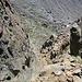 Tiefblick zum Einstieg des Klettersteigs