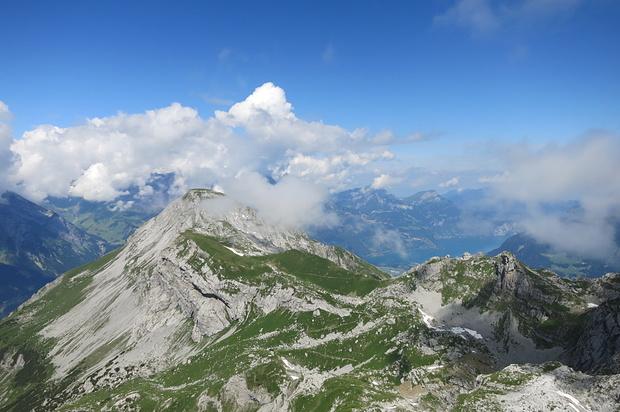 Klettersteig Bälmeten : Bälmeter grat 2252m u2013 tourenberichte und fotos [hikr.org]
