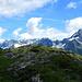 Im Rücken der zentrale Hauptkamm der Allgäuer Alpen von der Trettachspitze bis zum Biberkopf.