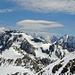 Links die Aiguille du Belvedere (2965m), dahinter die Spitzen des Mont Blanc Massivs