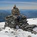 Gipfelsteinmann auf dem Le Buet (3099m), Blick nach Nordwesten