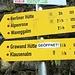 Start ist auf mageren 1256 Meter auf dem kostenpflichtigen Parkplatz (9 EUR/ 2 Tage) am Gasthof Breitlahner im Zemmtal südwestlich von Mayerhofen.