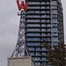 Woodward's Building, bekannt für das W-Schild
