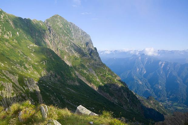 Von der Bocchetta di Valle sieht man endlich den Gipfel!