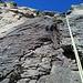 Abseilerei<br /><br />Ganz links im Bild noch knapp erkennbar meine Aufstiegslinie, direkt vor mir dir Variante mit Riss. Beide Linien sind mit Haken ausgestattet