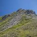 Rückblick während des Abstiegs auf den Kastenkopf. Pfadspuren geben die Route vor.