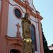 Barockkirche St. Maria Magdalena, mit der Statue des Heiligen Josef, Gernsheims Stadtpatron