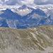Panorama Augstbordhorn: Aufstieg über den Grat namens Grat zum Violenhorn, mit Berner Alpen.