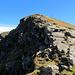 Der nördliche Abriss des Gipfels sieht dann doch nicht mehr so zahm aus :-D