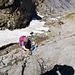 Eine der steilsten Passagen. Im Aufstieg sind wir ungesichert gegangen, beim Abstieg habe ich [u Aichen] mit dem Seil nachgesichert.