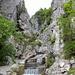 Der Klettersteig beginnt am Ausgang der Rongg-Schlucht