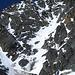 Das Glocknerleitl in der Draufsicht. Sieht von hier steiler aus als es ist (ca. 35-40 Grad steil). Wir konnten es dank des perfekten Firns gut im Auf- wie im Abstieg begehen (natuerlich nur mit Steigeisen!).