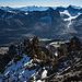 Auf dem Gipfel des Hangendgletscherhorns, Blick Richtung Chammligrat durch die Lücke hindurch...