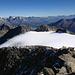 Rückblick vom Gipfel auf das Gletscherplateau.