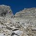 Der letzte Hoffnungsschimmer verglimmt, als sich eine Scharte in der Felsmauer nicht als steile Rinne entpuppt.