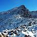 Rückblick auf den frisch eingeschneiten Badus / Six Madun (2928,1m).