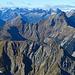 Der dieses Jahr bereits bestiegene Geirekopfgrat im Vordergrund<br />[tour112209 Geireköpfe, Tschachaun und Imster Mitterberg - Gipfelsammeln um die Anhalter Hütte]