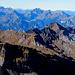 """Auch die fünf Gipfel der Vortagestour zeigen sich am Ende der """"Perlenkette""""."""