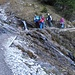 An den etwas anspruchsvolleren Stellen kann es auch manchmal zu diversen kleine Staus kommen, da der Wanderweg zum Gaisalpsee bei gutem Wetter meist vielbegangen ist.