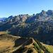 Weiterer Grat bis zum Driangel und die Gipfel vom Liderengebiet