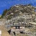 Die kleine Schutzhütte kurz vor dem Turnelssattel
