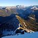 Vom Achseljoch führt eine weitere Aufstiegsvariante über den Ostgrat hinauf zum Thaneller