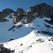 Guter tragender und gefrorener Schnee im oberen Bereich