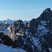 Gipfelblick hinüber zum Zuckerspitz und zur Dent de Ruth