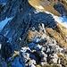 Der Gratverlauf im Rückblick, von oben auf dem Fels der Stöllen, - dem ersten Teil der Stöllen fotografiert.