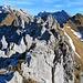 oben auf dem Hauptgipfel angekommen, der Stöllen ist eine wilde aber sehr schönes Felsgebilde