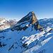 Panorama Chaiserstock und Fulen nach Erreichen des Rückens vom Rossstock. Unten rechts die Aufstiegsspur.